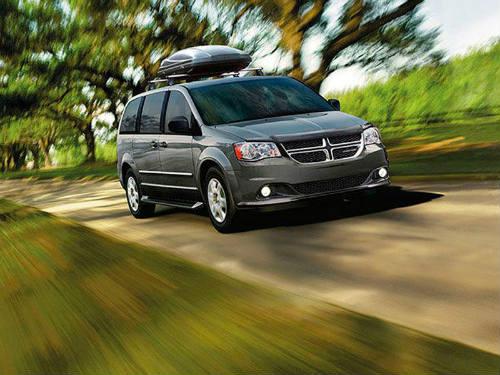 Top 10 xế minivan mới giá dưới 670 triệu đồng - 9