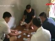 """An ninh Xã hội - """"Siêu lừa"""" chuốc rượu, dụ đánh bạc để trấn xế hộp"""