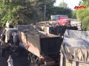 Video An ninh - Tông xe liên hoàn ở Bình Dương, 2 người chết cháy