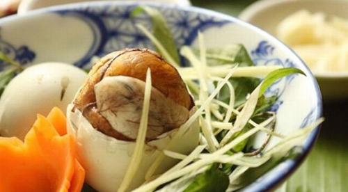4 sai lầm nhất định phải bỏ khi ăn trứng vịt lộn - 3
