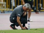 Bóng đá - Thua đậm, Mourinho ví MU ì ạch như xe đua công thức 3