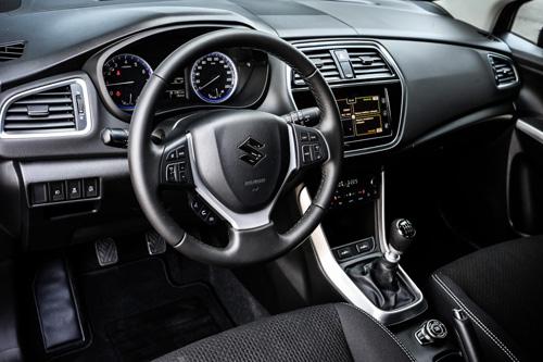 Ra mắt Suzuki S-Cross 2017 phiên bản giá cao
