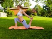 Làm đẹp - 9 bài tập yoga vào buổi sáng giúp thân hình khỏe, đẹp