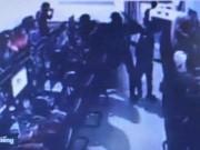 An ninh Xã hội - Đâm chết người chỉ vì nhìn mình đi xe lạng lách