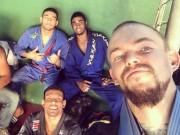 Thể thao - Thảm họa an ninh Olympic: Võ sĩ bị dí súng, cướp tiền