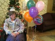 """Phi thường - kỳ quặc - Cụ bà già nhất nước Mỹ thường xuyên """"nói dối"""" tuổi"""