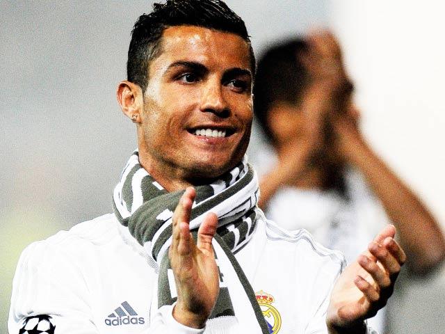 Tin HOT sáng 26/7: Ronaldo cam kết với Real