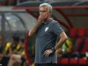 Bóng đá - MU – Mourinho: Vá chỗ nọ, hổng chỗ kia
