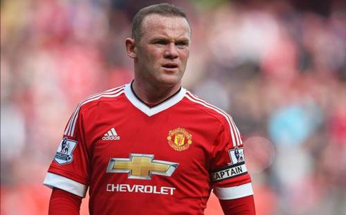 """MU thời Mourinho: Rooney chưa thể thoát """"kiếp"""" tiền vệ"""