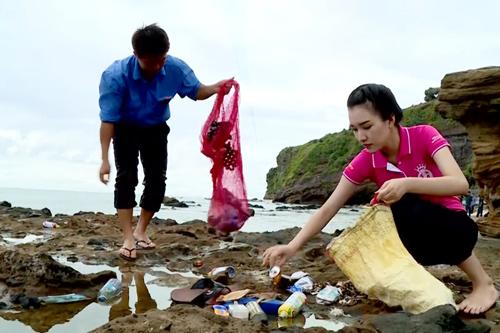 Đủ kiểu scandal làm từ thiện của người đẹp Việt - 2
