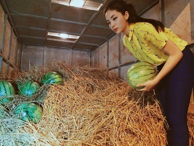 Đủ kiểu scandal làm từ thiện của người đẹp Việt - 4