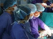Tin tức trong ngày - Con ngã bị chết não, mẹ đồng ý hiến tạng cứu 4 người