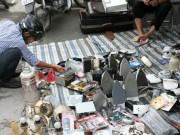 """Tin tức trong ngày - Khu chợ lạ lùng dễ gây """"nghiện"""" giữa Hà Nội"""