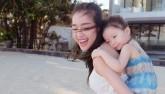 Rơi nước mắt với clip Elly làm tặng sinh nhật con gái