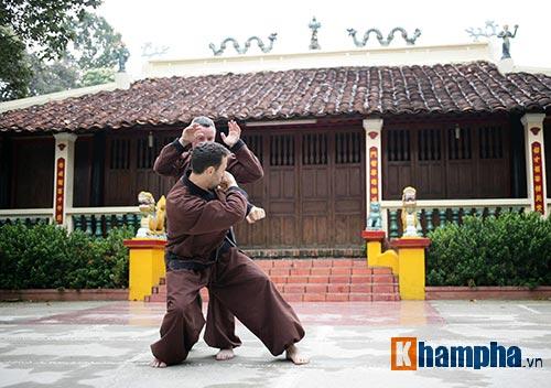 Ông Tây cả đời đem võ Việt xưng bá thế giới - 10