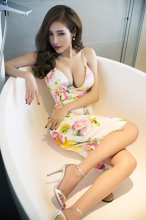Elly Trần đã thay đổi như nào sau khi làm mẹ
