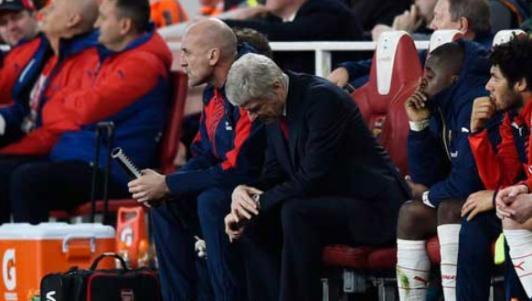 Arsenal: Không khiên, không mác, lấy gì tranh hùng