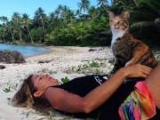 Bạn trẻ - Cuộc sống - Bài học đắt giá của cô gái du lịch thế giới cùng mèo cưng
