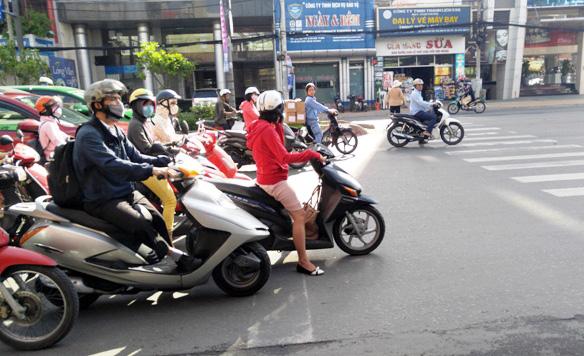 Phạt lỗi giao thông mức mới: Biết quy định nhưng lỡ vi phạm - 7