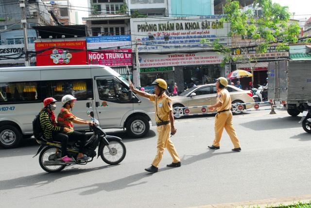 Phạt lỗi giao thông mức mới: Biết quy định nhưng lỡ vi phạm - 4