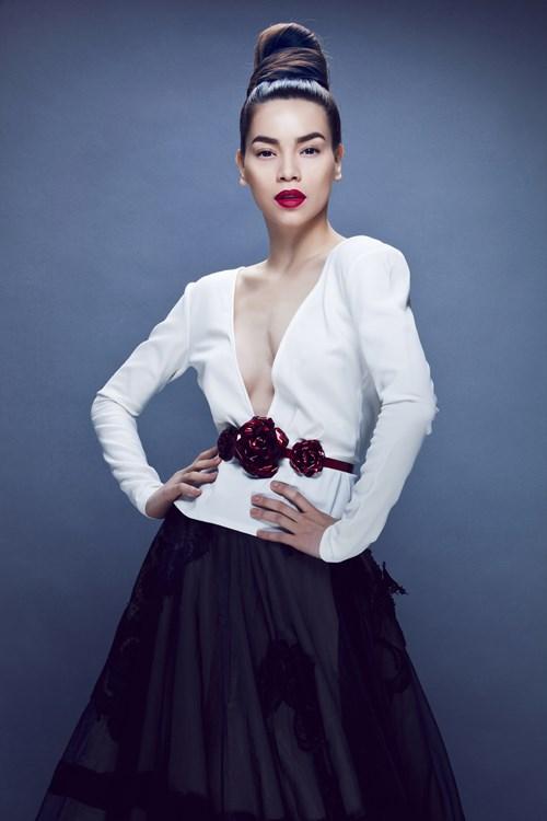 Hồ Ngọc Hà mải miết mặc đẹp với 1001 kiểu chân váy