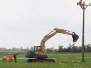 Tin tức trong ngày - Sửa đường điện sau bão số 1, một công nhân thiệt mạng