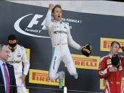 """Thể thao - F1, Hamilton: """"Viên ngọc đen"""" hoàn hảo"""