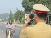 Tin tức trong ngày - Theo chân tài xế đường dài: Đủ chiêu đối phó CSGT