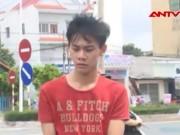 Video An ninh - Con nghiện táo tợn xịt hơi cay, cướp xe SH