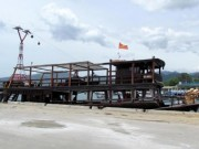 Tin tức trong ngày - Khánh Hòa: Tàu du lịch bị đâm chìm ngay tại cảng