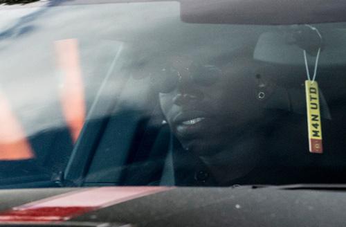 Pogba, Ibrahimovic chia rẽ, hay chắp cánh cho MU?