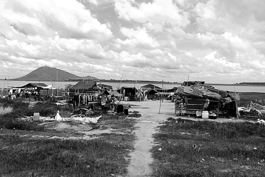 Chuyện khó tin ở một xóm toàn Việt Kiều