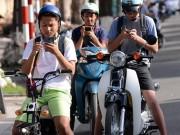 Video An ninh - Giới trẻ đổ xô đi bắt Pokémon GO bất chấp nguy hiểm