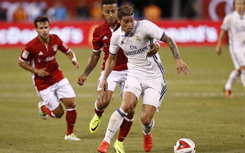 """""""Bom hớ"""" Real: Zidane muốn đuổi, Perez không cho"""