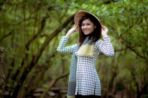 Thí sinh Hoa hậu Việt Nam đẹp hút hồn với áo bà ba - 6
