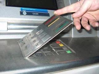 """Vụ """"bốc hơi"""" nửa tỷ ở Vietcombank: Chuyên gia hé lộ nguyên nhân"""