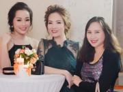 Ngôi sao điện ảnh - Đan Lê, Minh Hương lộng lẫy mừng Mỹ Linh tuổi 41