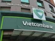 """Tin tức trong ngày - Chủ thẻ Vietcombank """"mất"""" 500 triệu: Ngân hàng có vô can?"""
