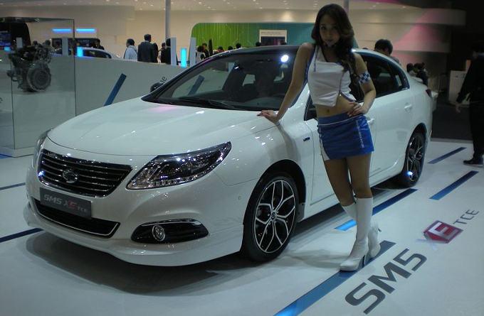 Samsung có thể chuyển sang sản xuất linh kiện xe hơi?