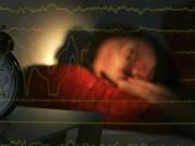 Sức khỏe đời sống - Ngủ quá nhiều hay quá ít đều tăng rủi ro đột quỵ