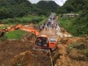 Tin tức trong ngày - Hòa Bình: Sạt lở đất, QL6 ùn tắc nghiêm trọng