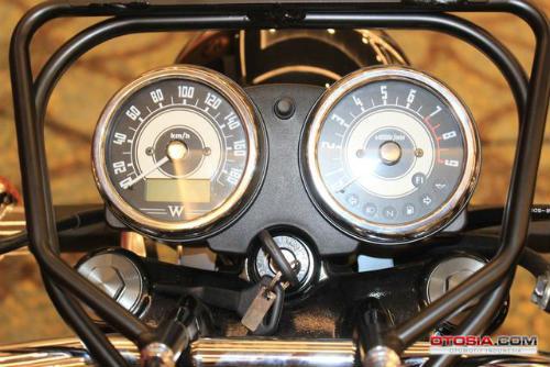 Ra mắt Kawasaki W800 giá 423,5 triệu đồng - 10