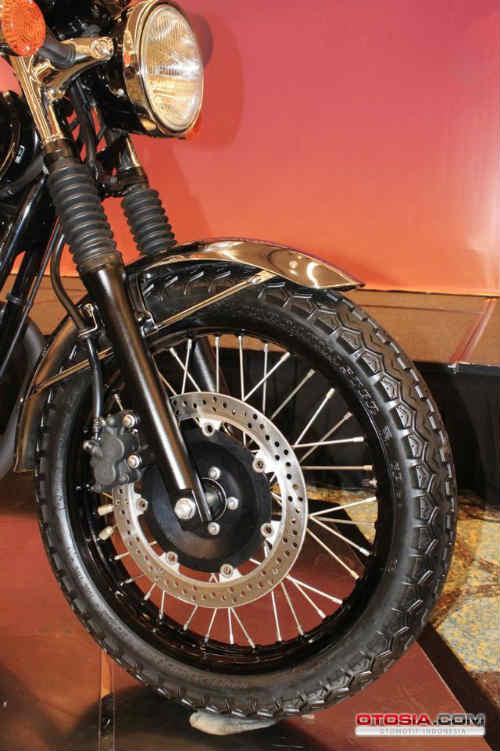 Ra mắt Kawasaki W800 giá 423,5 triệu đồng - 8