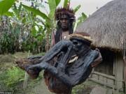 Phi thường - kỳ quặc - Bộ tộc chuyên ướp xác người nguyên vẹn cả trăm năm
