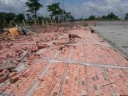 Tin tức trong ngày - Sập tường nhà xưởng cao 12m, 3 công nhân bị thương