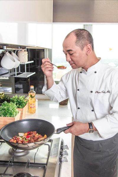 Những câu chuyện thú vị từ gian bếp của người nổi tiếng Việt - 1