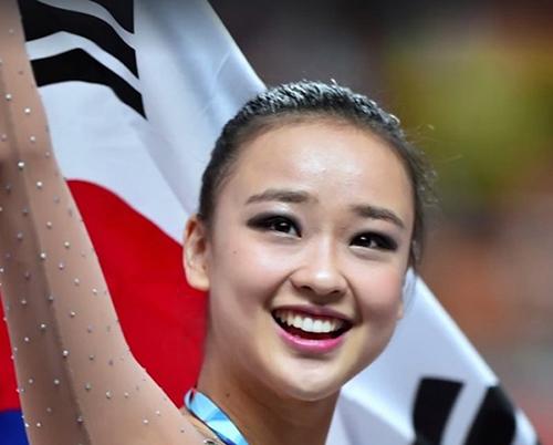 Olympic Rio: VĐV Hàn Quốc xinh như Hoa hậu hot nhất mạng xã hội
