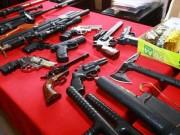 """An ninh Xã hội - Đàn em gây án giết người, đại ca lộ """"kho"""" súng khủng"""
