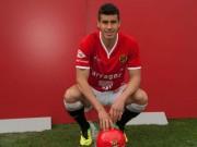 Bóng đá - Tin chuyển nhượng 16/8: Man City mua hậu vệ hạng 2