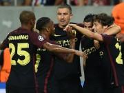 """Bóng đá - Man City thắng lớn: Sterling """"lên mây"""", Aguero thoát tội"""